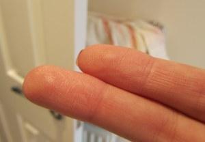 Top finger Touche Eclat, bottom finger FakeUp
